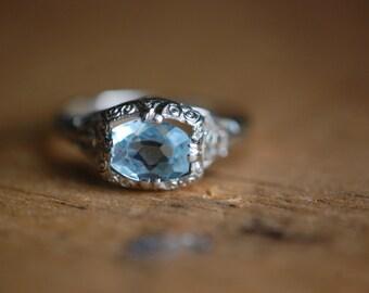 Antique Art Deco 14K 1 carat aquamarine filigree ring ∙ 1930s filigree aquamarine ring