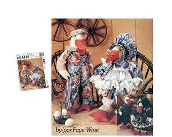 Vintage Stuffed Geese Dolls With Clothes Sewing Pattern, McCall's Crafts 847, Goose Pattern, Lady Goose, Man Goose, DIY Bird, Faye Wine 1993