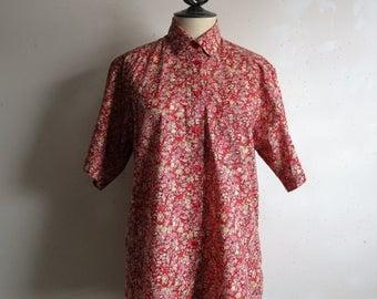 Vintage 80s Liberty of London Shirt Tana Lawn Red Floral Cotton Tilley Endurables Summer 1980s Short Sleeve Blouse Medium
