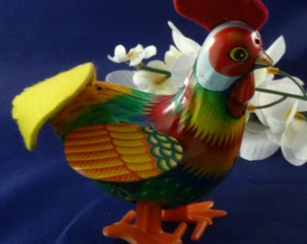 Vintage Kanto Rudy the Rooster Tin Wind Up Toy, 1950s