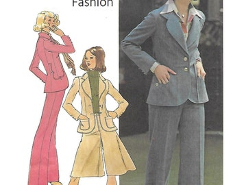 Simplicity 7129 Juniors' 70s Unlined Jacket, Pantskirt and Pants Sewing Pattern Size 13 to 15 and Bust 35 to 37