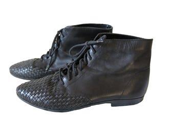 Vintage Black Woven Toe Ankle Boots Size 8 M