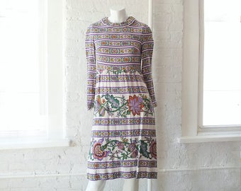 1960s Striped Floral Cotton Sheath Dress 60s Vintage White Purple Linen Dolly Dress Gavi Small Autumn Harvest Print Boho Shift Dress 1970s