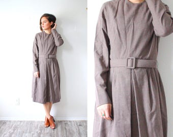 Vintage brown 1960's dress // belted dress midi fall winter dress // long sleeve modest retro mod dress // classic simple medium dress boho