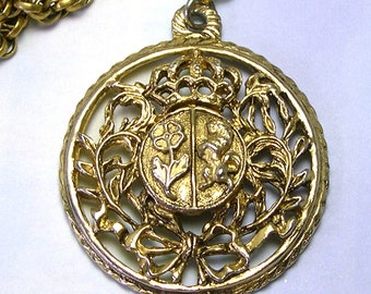 Antique Retro Old VTG Crest Gold Toned Vintage CORO Necklace, Coro Round Crest Pendant Necklace, Coro Crest Necklace, Coro Pendant