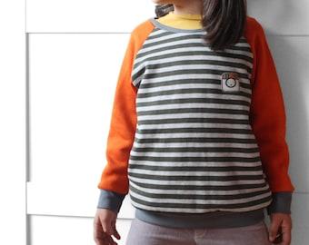 Baseball kids' sweatshirt. Unisex sport wear. Size 7 years. Immediate shipping.