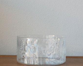 Mid Century Scandinavian Flora Iittala Medium serving bowl, Arabia of Finland Raised Floral Design Pattern
