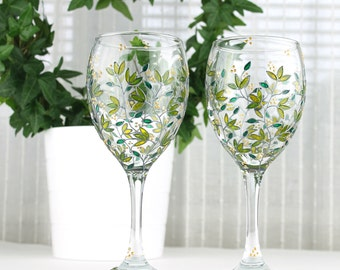 Wine Glasses, Green Leaves Design, Wedding Glasses, Hand Painted Wine Glasses, Personalized Wine Glasses, Botanical Glasses, Set of 2