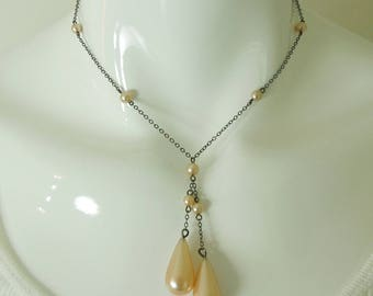 1920s Dainty Necklace Negligee Design Champagne Pink Glass Pearl Drops Silver Art Deco Bridal Jewelry Wedding Necklace