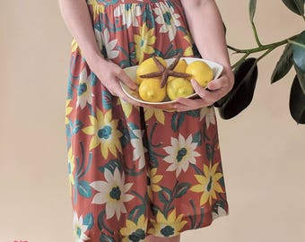 1930s early 40s Cotton Tropical Floral Day Dress Puff Sleeves Gala Day Frock Small Medium