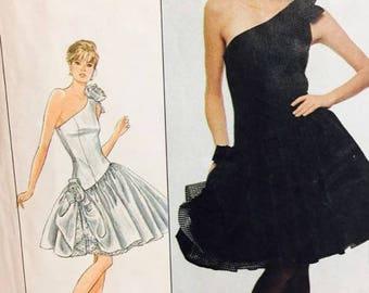 Simplicity 8545 Jane Schaffhausen for Belle France - Misses' Dress