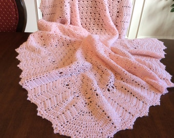 Crochet Pink baby blanket/elaborate edge/beautiful design/CHRISTENING/Baptism/Baby Shower/Welcome Home/Soft baby yarn/FREE USA shipping