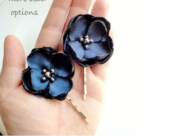 2 Small Navy Blue Flower Hair Pins, Navy Wedding Hair Accessories, Navy Hair Flowers, Silk Flower Bobby Pin, Hairpiece, Navy hair Clip Pearl