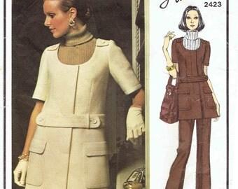 Vogue Paris Original Lanvin Pattern 2423. Mini Jumper Scoop Neck. A-Line Mini Skirt & Straight Leg Pants. Size 12 Bust 34 inches.