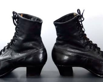 Victorian Lace Up Boots Black Leather - Early Century Women's Shoes 1910's