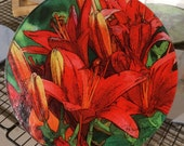 Round Glass Cutting Board - Red Asian Lily  - 8 in