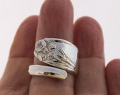 Spoon Ring - DAFFODIL 1950 - Vintage Silverware Spoon Ring, Spoon Jewelry - Ready To Ship - Made In Usa - Size 7.5