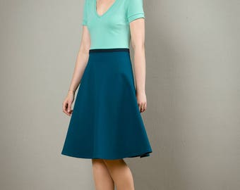 "Maritim Dress ""Lina"", with a round skirt and V-Neck"