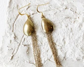 Gold Tear Drop Chain Fringe Earrings/Minimalist Long Dangle Earrings/Chain Dangle/Chain Fringe/Boho Chic/Edgy/Mod/Glam/Sleek Drop Earrings/