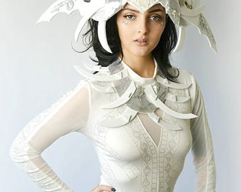 Grafitti muse in white avant garde  halo Crown Fascinator unique dramatic headpiece headdress hat costume collar bodysuit set lot