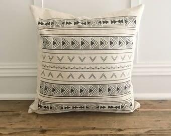 Aztec Pillow Cover (Design 1)