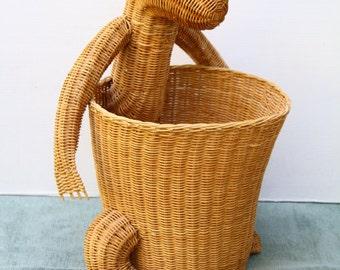 Vintage Kangaroo Basket Nursery Toy Wicker Hamper Bath Planter Kid's Room Children Australia