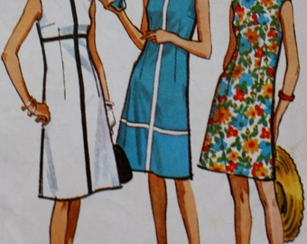 1960s Vintage Sewing Pattern / Three Panel /Fit and Flare / Sleeveless Dress / McCall's 7228 / Bust 34