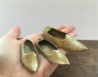 Vintage brass ashtray Set of 3 Miniature trinket dish Miniature Brass shoe Made in Turkey souvenir