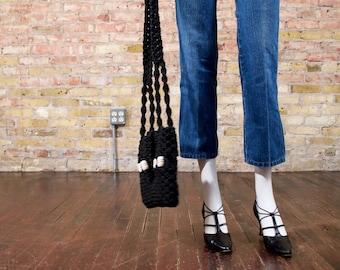 70s macrame bag / black macrame bag / beaded purse / macrame purse / boho / 70s handbag / textured bag / macrame shoulder bag