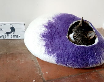 Cat Bed Cave with FREE Ball Toy