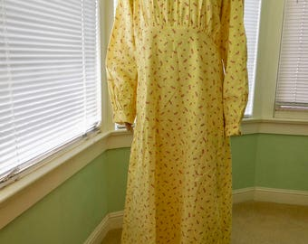 FLANNEL Nightgown/Vintage Flannel Nightgown/Plus Size Nightgown/Yellow Flannel Nightie/Plus Size Lingerie/KATZ/Nos/Vintage Lingerie/Size 44