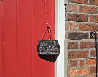 1950s lurex handbag / 50s purse / vintage evening bag / black and gold purse / 1950s accessories