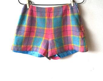 Vintage checked shorts, vintage wool shorts, retro checked shorts, colorful shorts, wool shorts, S (GP61)