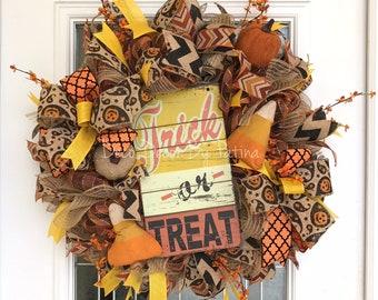 Halloween Wreath - Candy Corn Wreath - Halloween Decor - Halloween Decoration - Halloween Door Hanger - Halloween Decoration