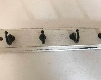 """Vintage Rustic Wooden  (4) Cup Metal Key Hook Wall  White washed  9"""""""