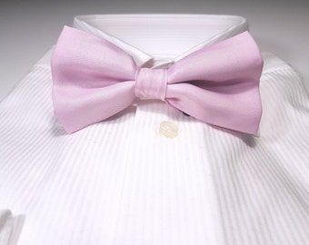 Bow Tie in Tickled Pink Solid
