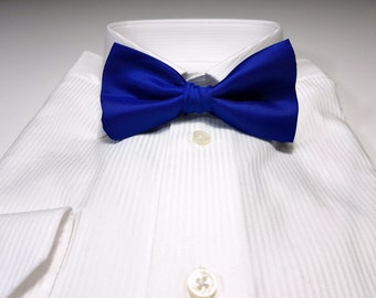 Bow Tie in Sapphire Blue Solid