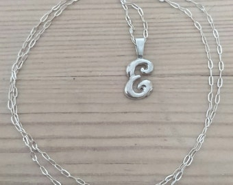 Vintage sterling silver initial E pendant and chain