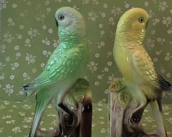 Free Shipping Art Ceramic Glazed Pottery Made in  Japan Yellow and Green Parakeets Bookends Figurines Pair Perched on Tree Branch