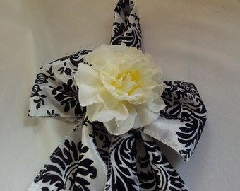 Damask Aisle Marker Pew Bow Chair Decor Black and White Flocked Taffeta x 2