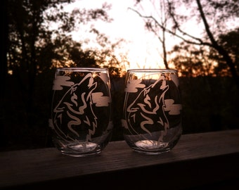 Wolf Howling Moon Hand Etched Wine Glass