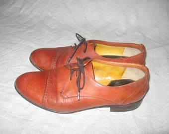 Vintage 1937 Laced Oxford Cognac Tan Brown Low Flat Heel Leather Upper Leather Lining Shoes Size 6 1/2