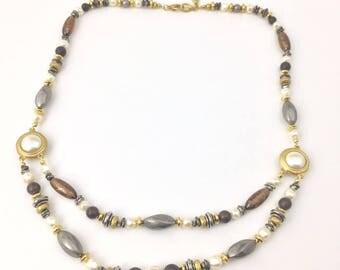 Vintage Signed LCi LIZ CLAIBORNE Faux Pearl Beaded Gold Tone Designer Necklace