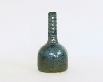 Klaas Fenne de Leeuwe ceramic vase - Vintage Dutch pottery - dark green and blue