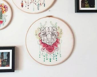 Modern hand embroidery, abstract bear embroidery, animal wall art, large embroidery hoop art decorative wall hanging Handmade in the UK