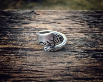 1946 Damask Rose Sterling Spoon Ring