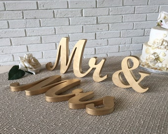 Mr & Mrs Wedding sign. Gold. Mr and Mrs Gold sign. Navy blue Mr and Mrs Wedding table decoration wood signs Mr and Mrs wedding signs