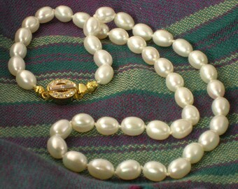 Fresh Water Rice Hand-knotted Pearl Necklace