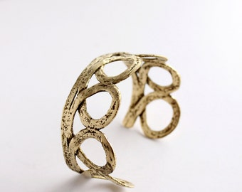 Gold cuff bracelet, boho bangle, antique brass bangle, brass cuff, statement cuff, metal bangle, handmade jewelry, antique style, bohemian