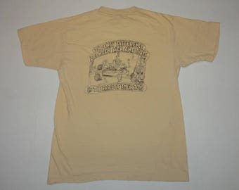 Bass Pro Shops Difference Between Men and Boys T-Shirt Vintage 1980s L